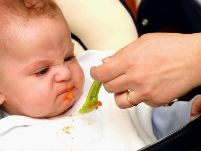 Почему малыш в 3 месяца плохо ест